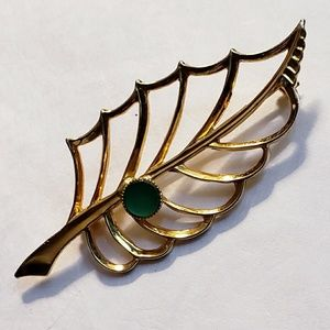 Vintage Gold Tone Abstract 2 in. Holly Leaf